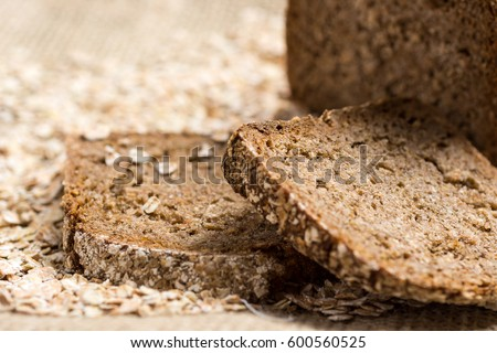 Shutterstock Whole Grain Unleavened Organic Bread with Rye, Oats and Flax Seeds. Healthy Chrono Diet.