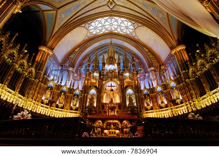 Wide angle view of Montreal's Notre Dame Basilica