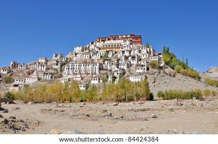 wide shot of thiksey monastery
