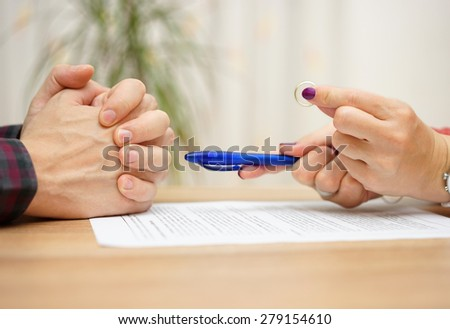 wife want from husband to sign divorce papers and giving him back wedding ring
