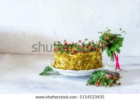 Wild strawberry pistachio cake