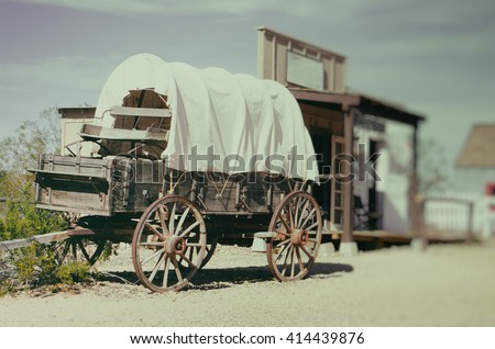 wild west wagon   south west...