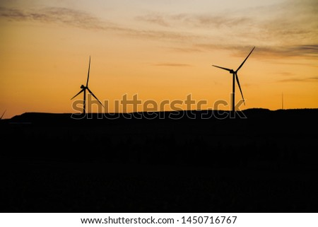 Wind turbine pictures, evening and morning lights
