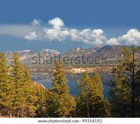 Windermere Lake and Canadian Rockies