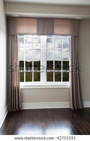 Window drapery with side panels and valance