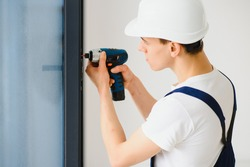 window fitter using cordless drill