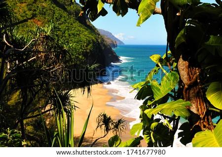 Window to paradise, Kalalau trail, Kauai, Hawaii Stock photo ©