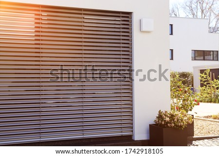 Window with modern blind, exterior shot Foto d'archivio ©