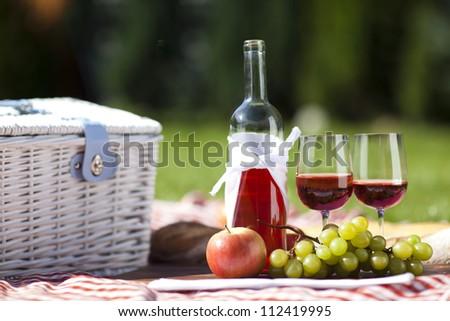 Wine on picnic!