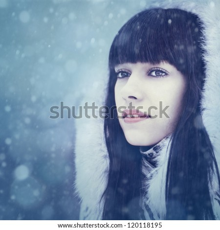 Winter girl. Beauty female portrait