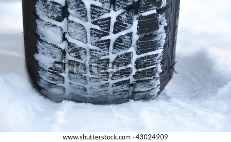 Winter tyre on the road