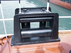 Wire Rope Fairleads, Mooring Fairleads, Sheaves and Blocks, horizontal roller on ship