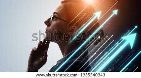 Woman and rising arrow symbols.  Career development. Growth. Success. Foto stock ©