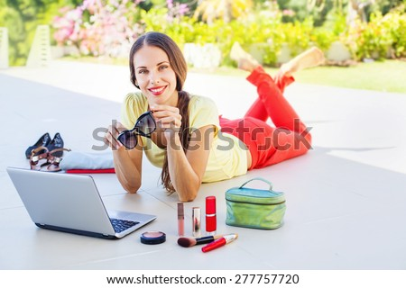 Woman doing online shopping, she received her order