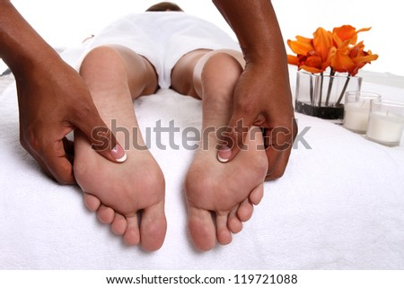 Woman getting a getting relaxing massage in salon