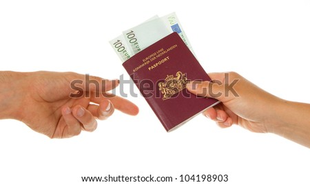 Woman giving man her dutch passport with money in it