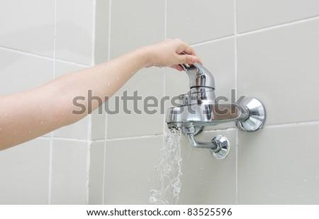 woman hand bathroom
