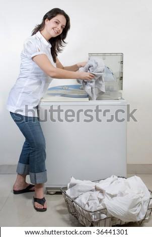 putting vinegar in washing machine
