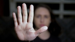 Woman raised her hand to stop, victim of femicide