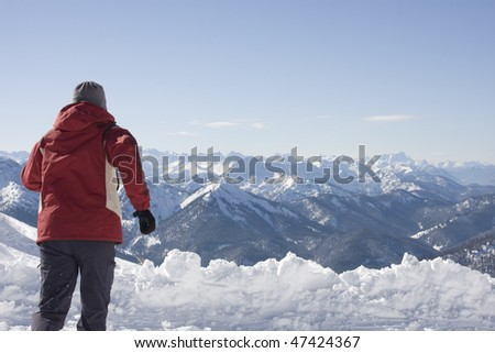 woman run to the alps
