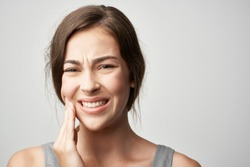 woman teeth hurt tooth decay