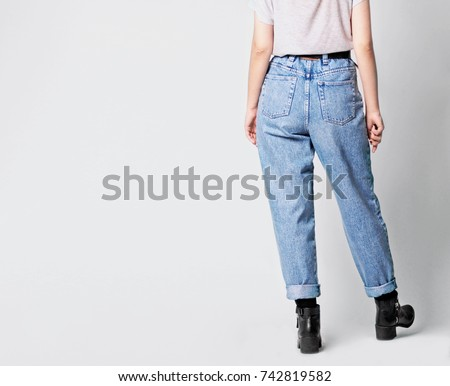 woman wearing casual outfit...