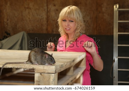 woman with fear of rats