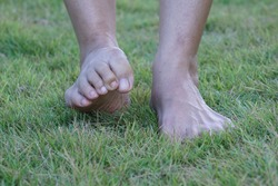 Women are moving toe to exercise for healthy toes.