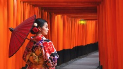 Women in traditional japanese kimonos walking at Fushimi Inari Shrine in Kyoto, Japan, Kimono women and umbrella, Kyoto