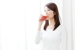 Women who drink tomato juice, diet