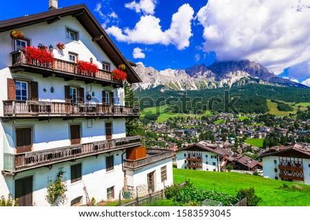 Wonderful valley in Cortina d'Ampezzo - famous ski in northern Italy, Belluno province Foto stock ©