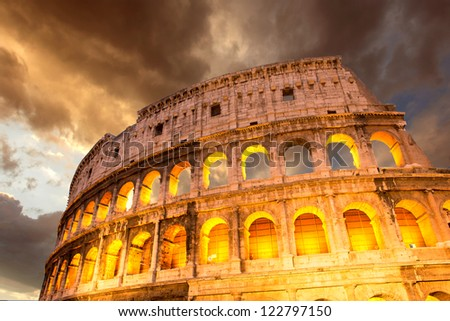 Wonderful view of Colosseum in all its magnificience - Autumn sunset in Rome - Italy