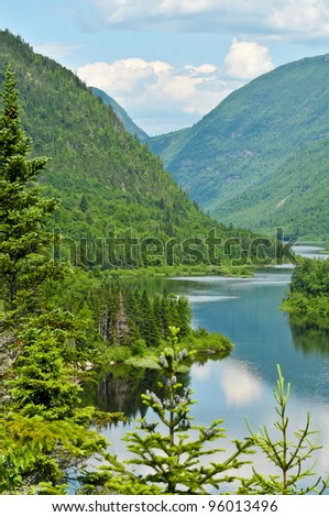Wonderful view of the Malbaie river in the Hautes-Gorges-de-la-Rivière-Malbaie national park - Canada
