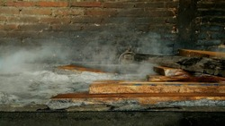 Wood mindi brewing process, one of the processes in the furniture industry