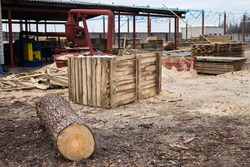 wood processing, timber drying, harvesting, drying boards, baulk. harvesting at the sawmill, the construction of a wooden house, hydrothermal treatment of wood