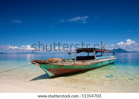 Hotel Residencia Patilla Ii El Saler booked in addition Losroques as well The Scariest Picture Ever additionally Led cap light clip on cap light for fishing climbing further Good Profits And Bad Profits Kayak Rowing In The Wrong Direction. on saler fishing