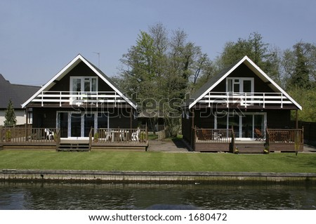 wooden chalets on the norfolk broads