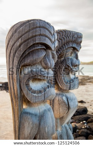 Wooden Hawaiian historical statues, Big Island, Hawaii #125124506