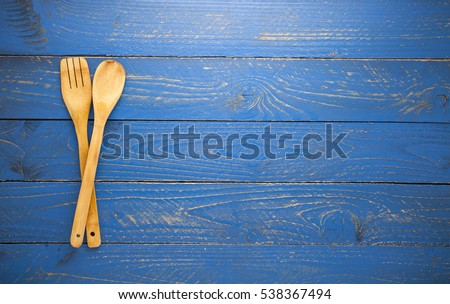 Attrayant Wooden Spoon And Fork On Blue Wood Table Background #538367494
