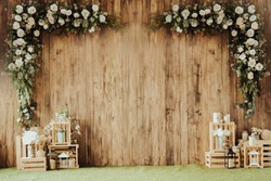 Wooden wall decorated Flower.Wedding day.Brown wood background..selective focus.