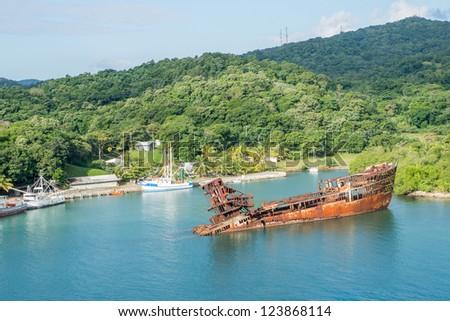 utila map with Stock Photo Wrecked Ship On Coast Of Roatan Honduras on 061700221 furthermore Stock Photo Wrecked Ship On Coast Of Roatan Honduras further Honduras also  likewise Watch.
