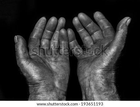 wrinkled hands of old men #193651193