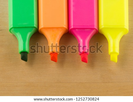 writing part of a felt-tip pen is shown in close-up