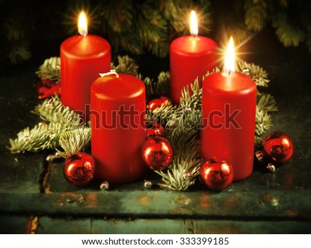 Xmas Advent wreath with three lighted candles for the 4th advent sunday rustic christmas traditional concept Stock foto ©