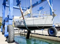 Yacht Service in the Yacht Marine