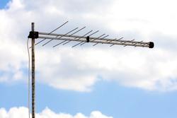 Yagi antennae for digital TV and radio reception