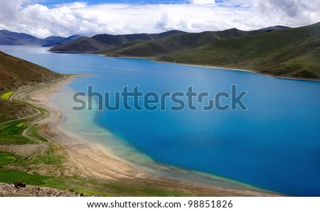 Yamdrok lake is the holy lake in Tibet.