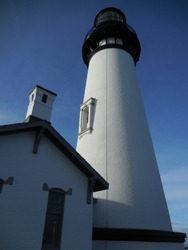 Yaquina head lighthouse and close ups of the beacon and tower