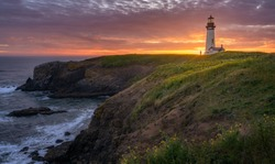 Yaquina Head Lighthouse with beautiful sunset