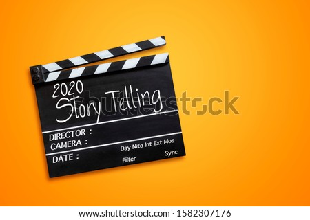 years 2020 story telling text title on film slate Foto stock ©